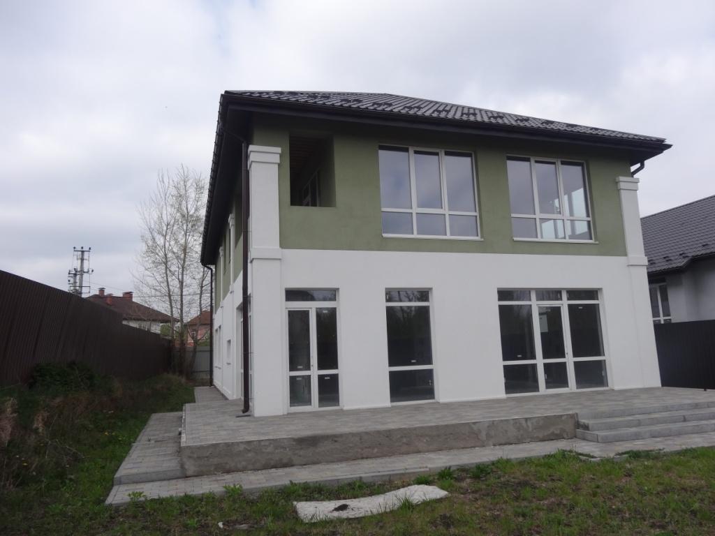 Продам два дома Киево-Святошинский район с.Гореничи – 270 кв.м