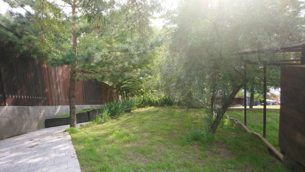 Продам дом Киево — Святошинский район с.Лесники «Зеленый Гай» – 500 кв.м.