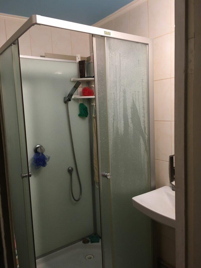 Продам квартиру г.Киев Святошинский район – 2 комнатная