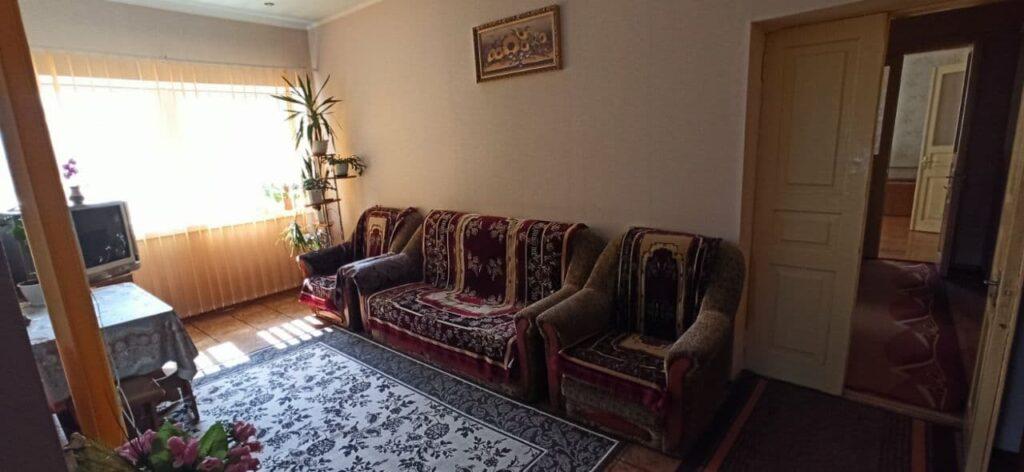 Продам дом г. Бровары – 384 кв. м.